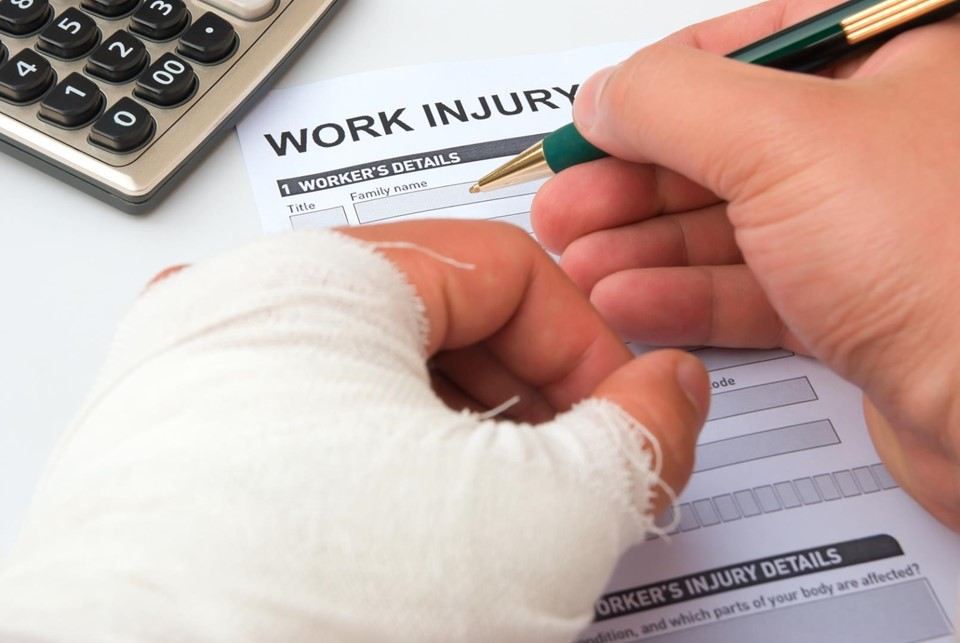 When Should You Hire A Workers' Compensation Lawyer? Find Here!